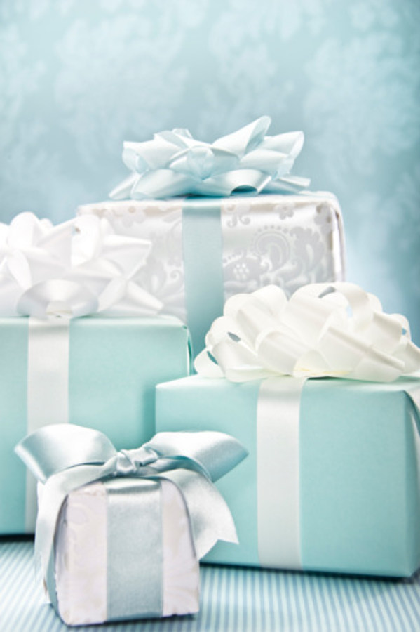 What s the Average Amount of Money Spent on a Wedding Gift in Maine?